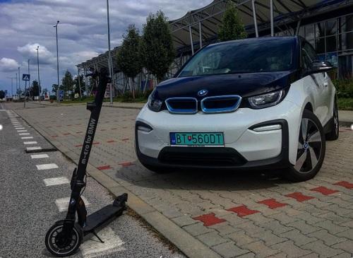 BMW i3 - Elektromobil s génmi BMW
