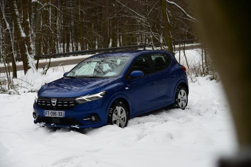 Prvé stretnutie s novou: Dacia Sandero
