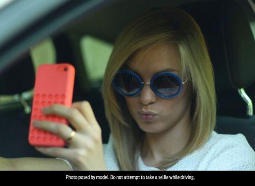 Mladí ľudia umierajú za volantom kvôli mobilom
