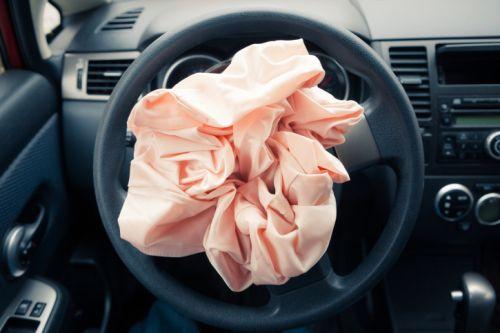 Airbagy - neviditeľní ochrancovia v našich vozidlách