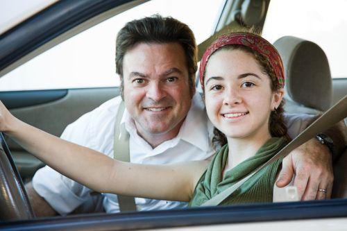 Nepodceňujte správne sedenie za volantom