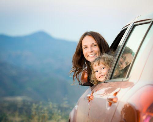 Ako zvládnuť s deťmi dlhú cestu autom?