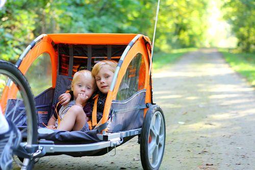 Detské cyklosedačky verzus cyklovozíky