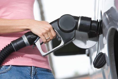 Natankovali ste nesprávne palivo? Správny postup zachráni vaše auto i peňaženku