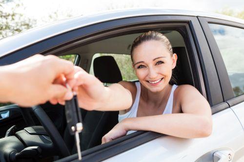 Predávate vozidlo cez víkend alebo štátny sviatok?  Toto ste zrejme nevedeli